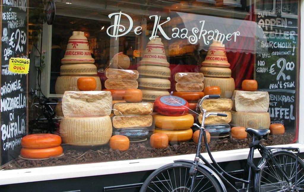 Amsterdam ne yenilir, ne içilir?