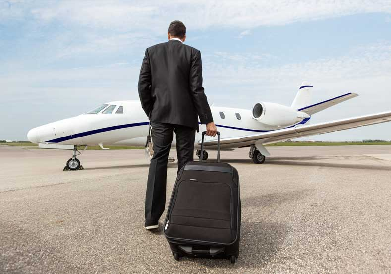 Profesyonel Uçak Yolcusu Olma Tüyoları