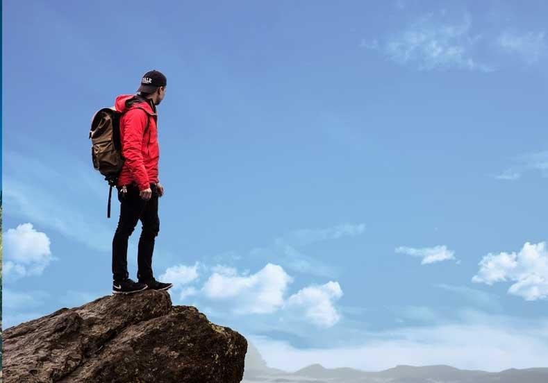 Yalnız Seyahat Etmek