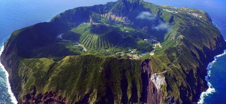 Bildiğimiz Adalara Benzemeyen Garip Adalar