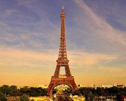 12 Maddede 125 Yıllık Kıdemli Paris'in: Eyfel Kulesi