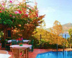 Fidanka Otel: Kalkan'da Begonvil Kokulu Masalsı Bir Atmosfer